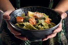 Chuť Talianska na tanieri: Domáce tagliatelle s avokádovo-špenátovým pestom a lososom Kung Pao Chicken, Sprouts, Cabbage, Vegetables, Ethnic Recipes, Food, Essen, Cabbages, Vegetable Recipes