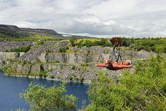 Voler en tyrolienne au Zip World Forest Adventure, au parc national de Snowdonia ! Snowdonia, Best Places In Europe, Places To Visit, Safari, European Holidays, Visit Wales, Station Balnéaire, Beautiful Castles, Parc National