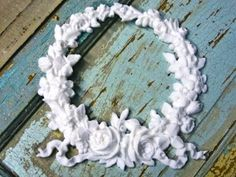 SHABBY-CHIC-ROSE-WREATH-FURNITURE-APPLIQUES-LOWEST-PRICES-FREE-SHIPPING