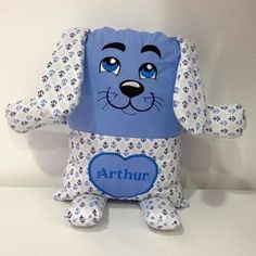 Baby Sewing Projects, Sewing For Kids, Sewing Crafts, Kids Pillows, Animal Pillows, Diy Pillow Covers, Crochet Doily Patterns, Sock Animals, Sewing Dolls