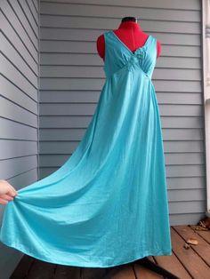2 Teal Blue Olga Style Nylon Nightgowns Lorraine Plus Size 1X Stretch Bodice 38e37719f