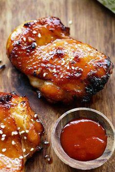 甘辛さがたまらない!簡単「ハニー・シラチャ・チキン」の作り方 - macaroni