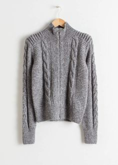 Zip Up Cable Knit Cardigan - Grey - Cardigans - & Other Stories Knit Sweater Outfit, Cable Knit Cardigan, Cardigans For Women, T Shirts For Women, Clothes For Women, Womens Ripped Jeans, Outfit Invierno, Knitwear Fashion, Weekend Outfit