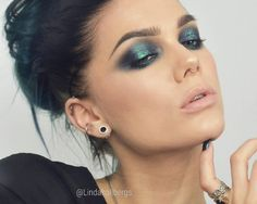 "15.7k Likes, 149 Comments - Linda Hallberg (@lindahallbergs) on Instagram: ""Glitter eyes lindahallberg.com #fotd #makeup"""