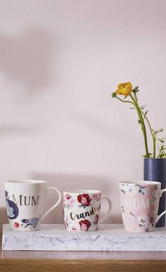 Treat the women in your life this Mother's Day. And buy Mums a mug with their name! Cat mugs, floral mugs - we've got them all!