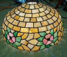 Beautiful-Antique-Stained-glass-Flower-Shade-hanging-lamp-shade