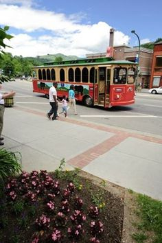 What's the best way to get around Gatlinburg? Why not try our trolleys?