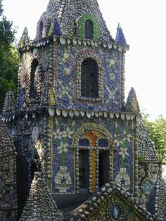 Architecture & Garden Art – Picassiette Mosaic Art – The Little Chapel – Guernsey