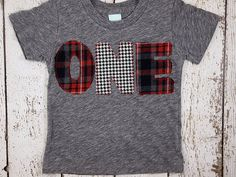 I love plaid, flannel and houndstooth prints...especially on little ones. Its a great look that stands out from mainstream designs. This shirt