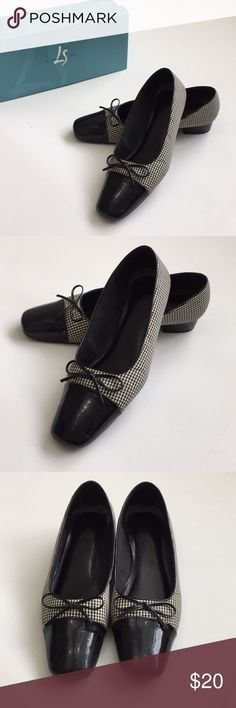 12ca085a0770b Life Stride Heels Black and white hounds tooth heels. Pretty bow detail. No  flaws