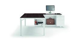 Escritorio de oficina ejecutivo con estantes Colección X8 by Quadrifoglio Sistemi d'Arredo diseño Ambostudio
