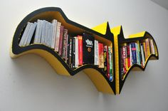 This is a bookshelf for you who loves batman. Created by FictionFurniture, this handmade Batman bookshelf comes in two version, Classic Batman Bookshelves and Batman Bookshelf, Cool Bookshelves, Bookshelf Design, Bookcases, Bookshelf Decorating, Bookshelf Ideas, Decorating Ideas, Casa Rock, Batman Bedroom