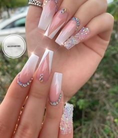 coffin (notitle)nails coffin (notitle) 52 wonderful acrylic nails ideas you must try 48 Bling Acrylic Nails, Acrylic Nails Coffin Short, Square Acrylic Nails, Summer Acrylic Nails, Best Acrylic Nails, Rhinestone Nails, Summer Nails, Matte Nails, Short Stiletto Nails