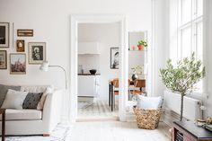 Andra Långgatan 7 D - Alla Bilder Fall Home Decor, Autumn Home, Home Staging, Cafe Interior, Interior Design, Decoracion Low Cost, Home And Living, Living Room, Gravity Home
