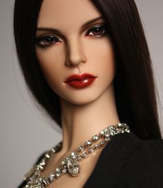 ITEM VIEW : E. I. D Basic - Woman - Rebecca