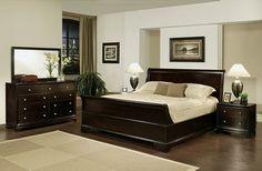 Kamar Set Jati Minimalis Modern ini ini diproduksi menggunakan bahan kayu jati kualitas bagus yang dimana diproduksi langsung oleh pengerajin asli jepara yang sudah berpengalaman dalam memproduksi produk kamar set minimalis.