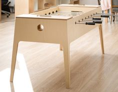 plywood foosball Plywood Table, Table Football, Traditional Games, Tabletop Games, Entertainment Room, Office Interior Design, Plan Design, Table Plans, Kids Furniture