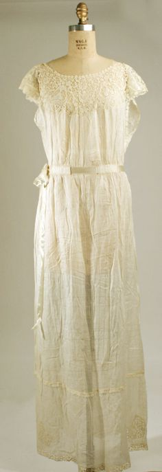 Nightgown: ca. 1925, French, cotton, silk.
