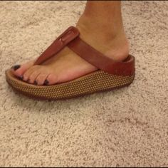 ♦️Fit Flops ♦️ Super comfy. Gently worn. Wobbleboard insole Fit flop Shoes