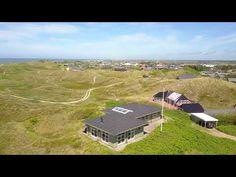Tolles Ferienhaus mit Meeresblick und schöner Einrichtung in Søndervig. Panoramablick über die Dünen und nicht weit vom Søndervig Centrum entfernt.
