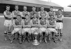 Former Burnley captain and manager Jimmy Adamson has died at the age of 82 :: Colorsport