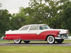 1955 Ford Fairlane Crown Victoria Skyliner retro v wallpaper background Ford Motor Company, Vintage Cars, Antique Cars, Car Paint Jobs, Ford Lincoln Mercury, Ford Classic Cars, Ford Fairlane, Us Cars, Car Ford