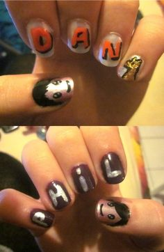 Danisnotonfire and Amazingphil nails// GAHHH!// most perfect thing ever I need to do these Cute Nails, Pretty Nails, My Nails, Daniel James Howell, Dan Howell, Dan And Phill, Danisnotonfire And Amazingphil, Tyler Oakley, Phil Lester