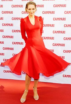 Uma Thurman twirled her dress at a press conference for the 2013 Campari Calendar in Milan, Italy.