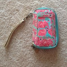 "Selling this ""Lily Pulitzer Flamingo Wristlet"" in my Poshmark closet! My username is: lizmrudy. #shopmycloset #poshmark #fashion #shopping #style #forsale #Lilly Pulitzer #Clutches & Wallets"