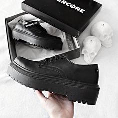 Secrets Of Sneaker Shopping – Sneakers UK Store Puma Platform, Platform Sneakers, Shoes Sneakers, Black Picture, Alternative Girls, Grunge Outfits, Types Of Shoes, All Black, Like4like