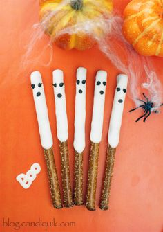 5-Minute Halloween Treats, try these super easy ghost pretzels.