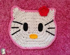 MADRES HIPERACTIVAS: Alfombra Hello Kitty de Trapillo, Tutorial