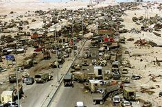 February 1991 - Saddam Hussein ordered the Iraqi withdrawal from Kuwait. About retreating Iraqi troops were killed when Coalition aircraft bombed their stolen civilian and military vehicles. This is called the Highway of Death. Illuminati, Highway Of Death, Iraqi Army, Iraqi Military, Vietnam, Operation Desert Shield, Military Pictures, Iraq War, War Photography