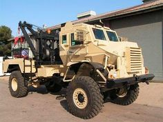 Casspir Mine Protected Vehicle - Tank Encyclopedia Tow Truck, Cool Trucks, Pickup Trucks, Fire Trucks, Army Vehicles, Armored Vehicles, Armored Car, Caterpillar Equipment, Towing And Recovery