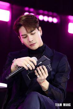 korean boys with piercings * piercings korean & piercings korean boy & piercings korean ears & piercings korean girl & piercings korean idol & ear piercings korean & korean piercings kpop & korean boys with piercings Youngjae, Bambam, Kim Yugyeom, Got7 Jackson, Jackson Wang, Jinyoung, K Pop, Got7 Aesthetic, Actors Male