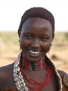 Publication de we African Nations Afrique Natural Beauty Black Is Beautiful, Beautiful Smile, Beautiful People, Beautiful African Women, African Beauty, African Tribes, African Men, African Nations, African Girl