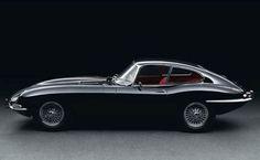 Jaguar E-Type - Follow us - Sexy Sport Cars