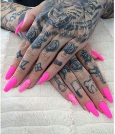 I love these Barbie pink nails jeffree star nails <3 i recognize those tats anywhere