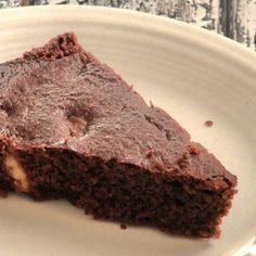 Keto Dark Chocolate Walnut Gluten-free Cake - - https://twosleevers.com