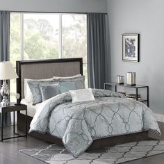 The Madison Park Lavine 6 Piece Duvet Cover Set provides a luxurious update to your bedroom. The jacquard woven fabrication creates a three dimensional effect, giving this decorative design life. Three decorative pillows with embroidery and fabric manipulation details coordinate with the two euro shams for a completely new look for your bedroom.