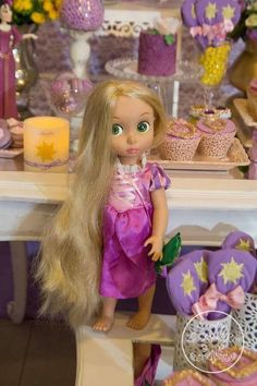 A Royal Rapunzel Birthday Party | CatchMyParty.com