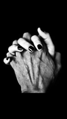 Black love Loialty Black love Loialty The post Black love Loialty appeared first on Fotografie. Hand Photography, Couple Photography Poses, Urbane Kunst, Foto Top, Cute Couples Goals, Love Couple, Cute Relationships, Romantic Couples, Couple Pictures