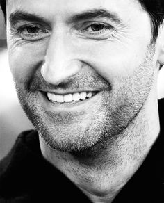 Richard Armitage--look at those incredible crinkly lines around his eyes! So gorgeous!