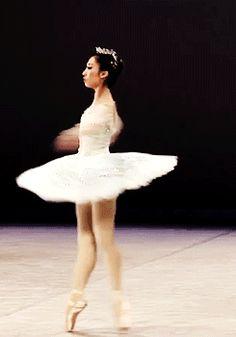 GIF Haruhi Otani :: Aurora @ Prix de Lausanne http://theworlddances.com/ #ballet #dance