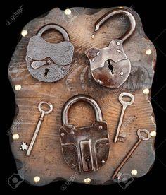 03d0392a3 8 mejores imágenes de Candados antiguos   Locks, Door knockers y Keys