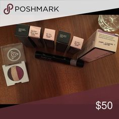 Deal on mary kay !! Ivory 7 foundation, 5 lipsticks, mascara and eyeshadow ! Makeup Foundation