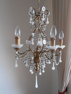 Antique Italian tole and wood gilded white opaline birdcage crystal chandelier, Murano glass crystals, Macaroni beads