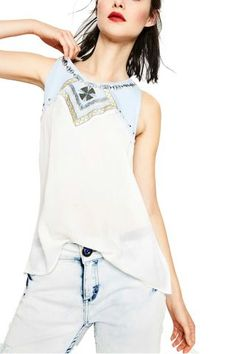 Desigual bílý top s denimovými prvky Nati - Dámské Košile Tank Tops, Women, Fashion, Moda, Halter Tops, Fashion Styles, Fashion Illustrations, Woman