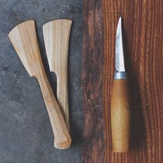 Spoon Carving with Barn the Spoon Green Woodworking, Woodworking Projects, Carved Spoons, Wood Carving Tools, Best Pocket Knife, Wood Spoon, Whittling, Walking Sticks, Hand Carved