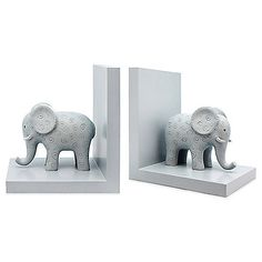 These darling Argento Safari Bookends are perfect for those first favorite books in your little one's nursery. They're made of sturdy, L-shaped blue polyresin with cute elephant figurines.
